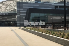 Bands of Bomanite Alloy decorative concrete were incorporated into the Bomanite Sandscape Texture walkways at LAFC Stadium, adding shimmer and sophisticated detail to the hardscape.